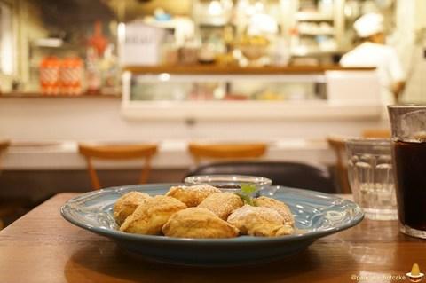 Angieから新パンケーキ登場!きな粉団子の和菓子!?新ジャンルでパフィーパンケーキで登場♪(アンジー)神戸/元町 パンケーキマン