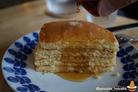 静かな落ち着いたブックカフェ ミジンコブンコのパンケーキは絶品だった♪(奈良/近鉄奈良)パンケーキマン